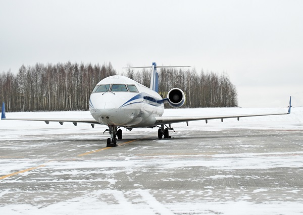 Can Planes Fly in Snow